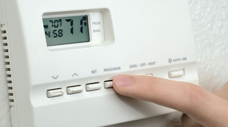 Office thermostat for efficient workplace